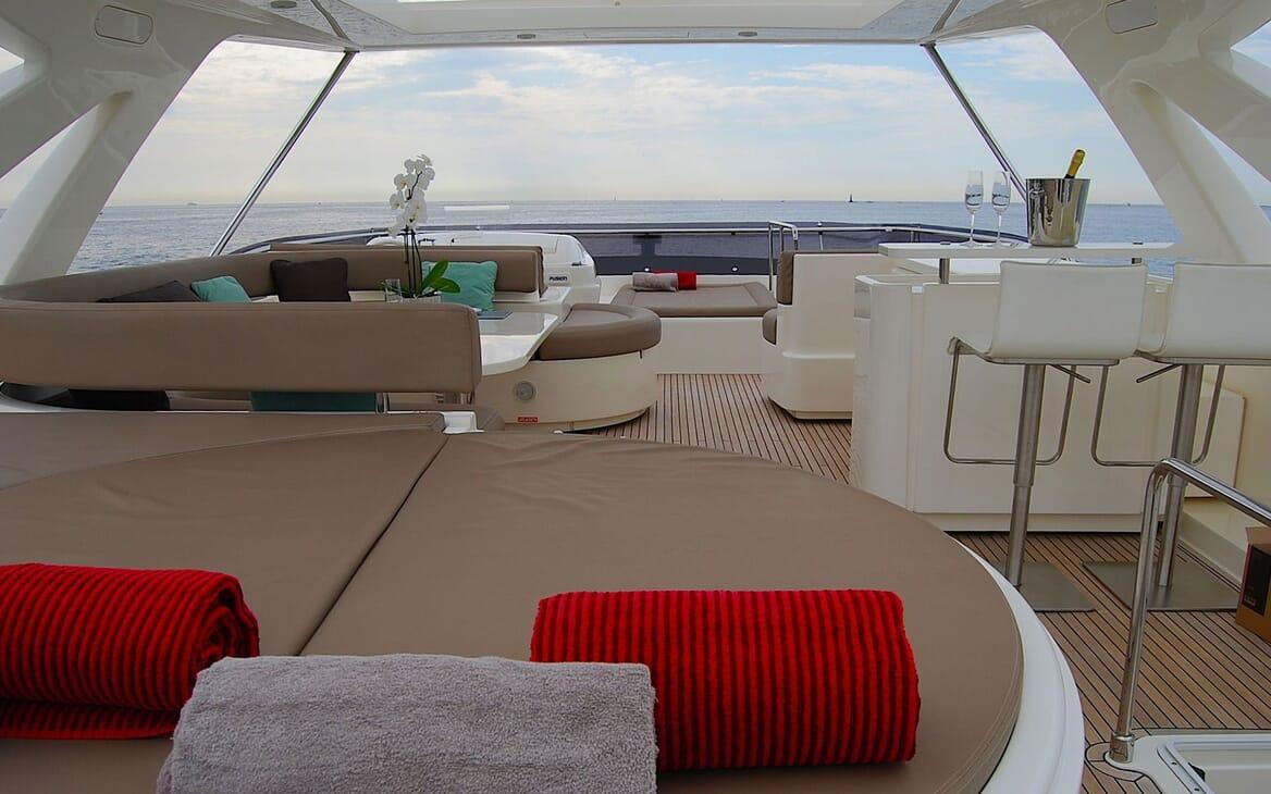 Motor Yacht JPS Sun Deck