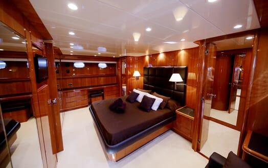 Motor Yacht Jurik master cabin