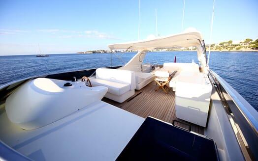 Motor Yacht Jurik flydeck