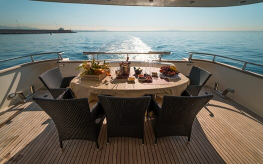 Motor Yacht Jurik outside dining area