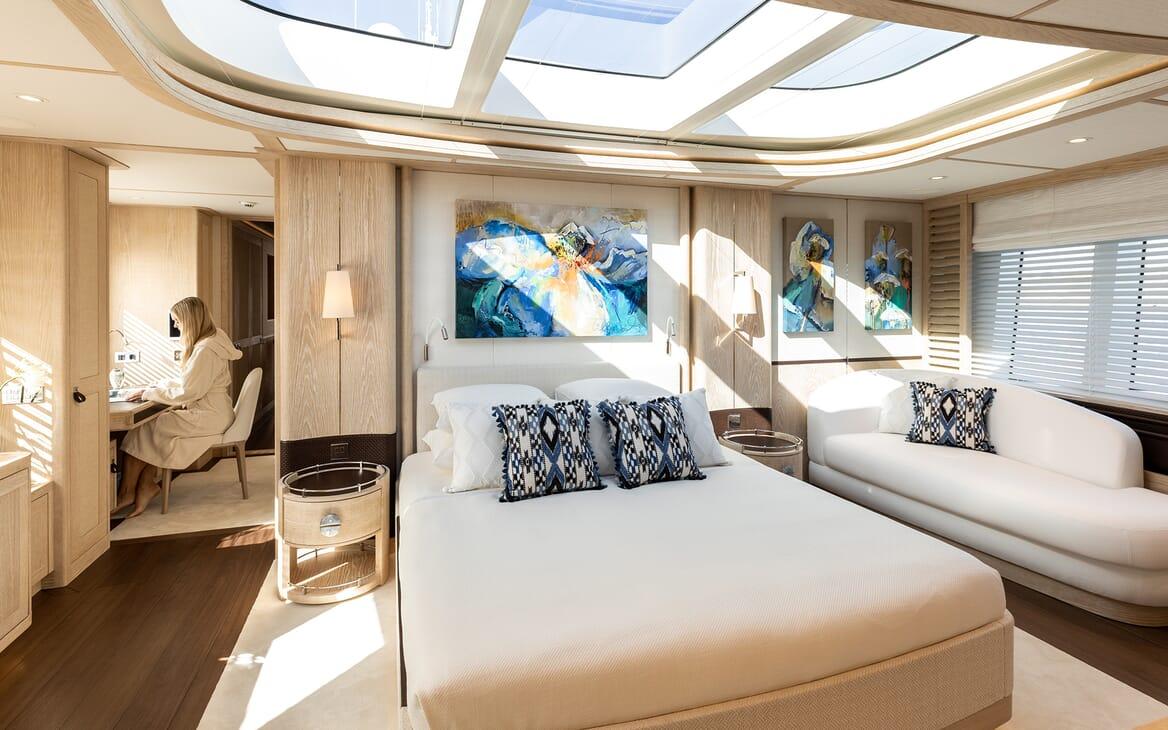 Motor Yacht Calypso Master Stateroom