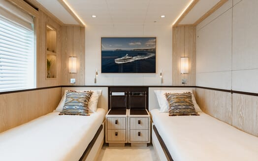 Motor Yacht Calypso Twin Stateroom 2