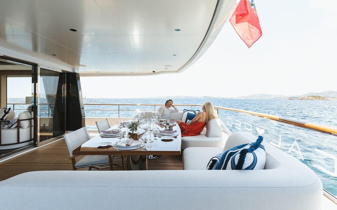 Motor Yacht Calypso Aft Dining