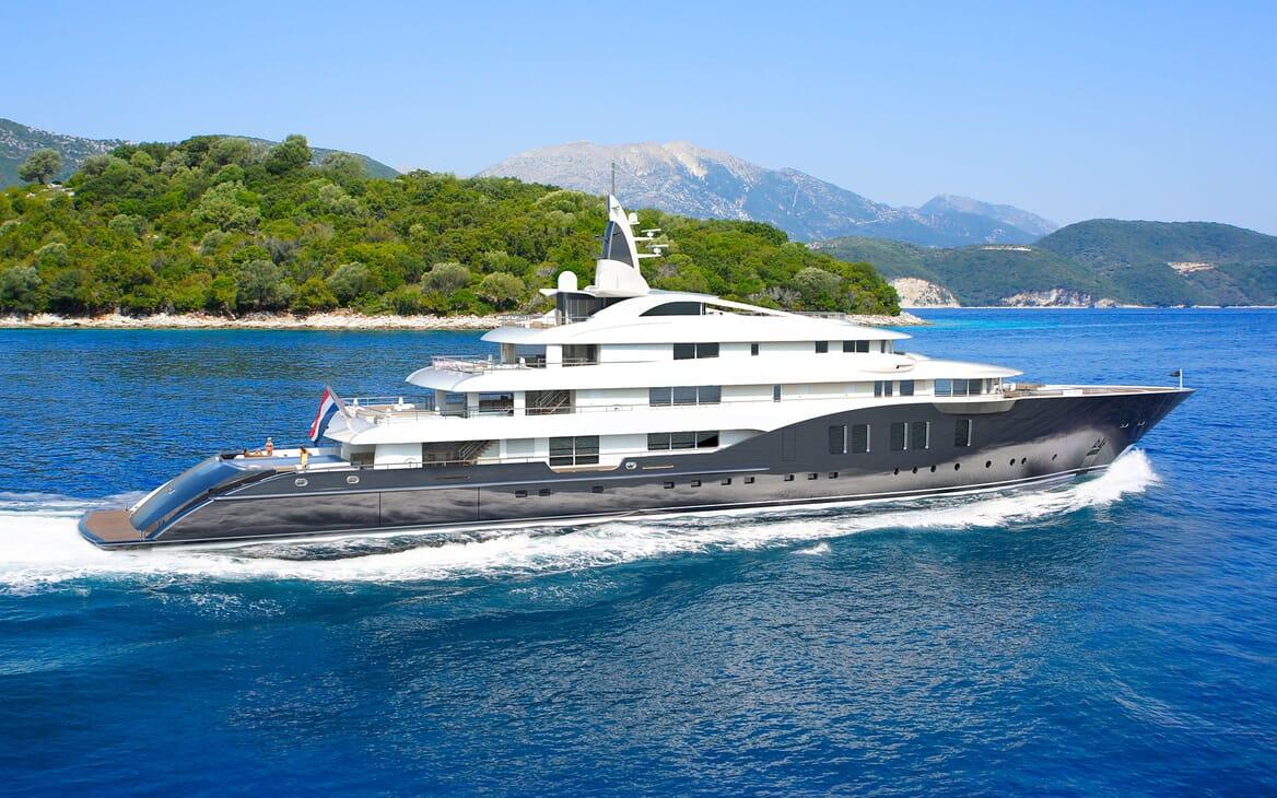 Motor Yacht ICON Underway