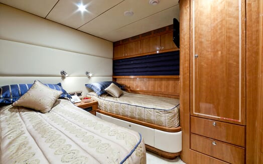 Motor Yacht SAMARIC Twin Guest Stateroom