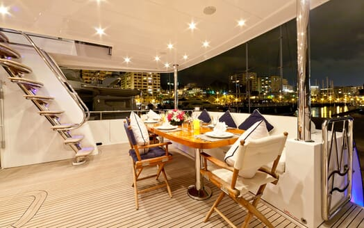 Motor Yacht SAMARIC Aft Deck Dining Table