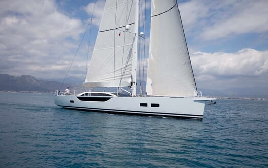 Sailing Yacht Bliss 2 sailing