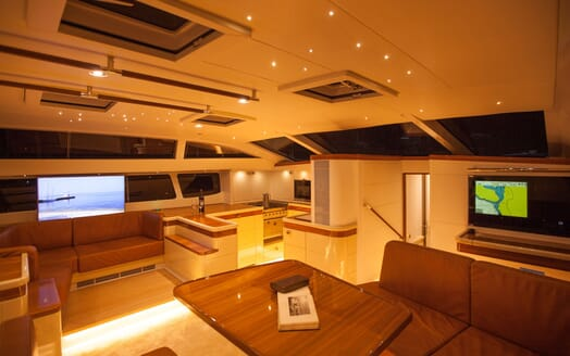 Sailing Yacht Bliss 2 living area
