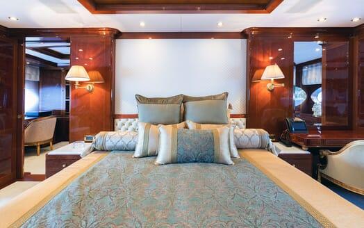 Motor Yacht KARIANNA Master Stateroom Bed