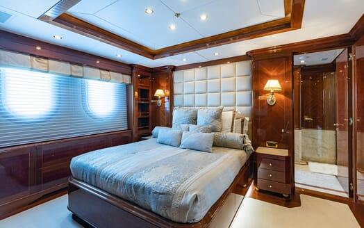 Motor Yacht KARIANNA Double VIP Stateroom