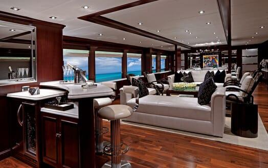Motor Yacht ALESSANDRA Main Salon