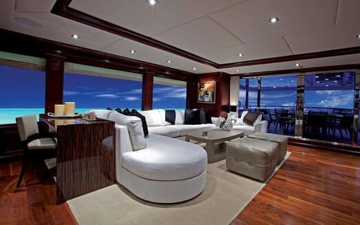 Motor Yacht ALESSANDRA Seating