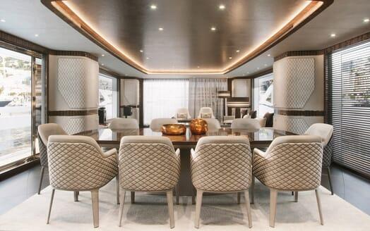 Motor Yacht Dynamiq 135 Dining Room