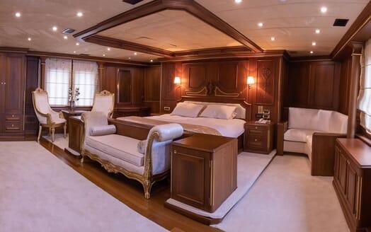 Motor Yacht ELISEA NOVA Master Stateroom