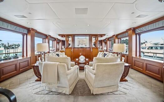 Motor Yacht ELISA Saloon