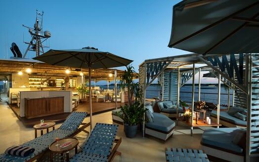 Motor Yacht KUDANIL Sun Deck