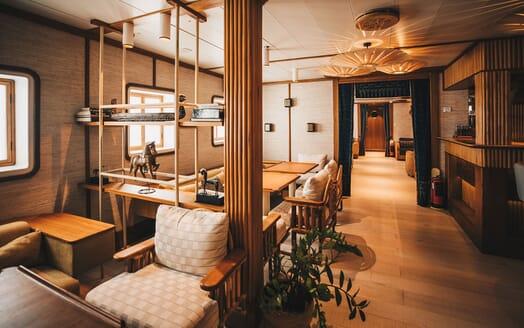Motor Yacht KUDANIL Main Deck Bar and Seating