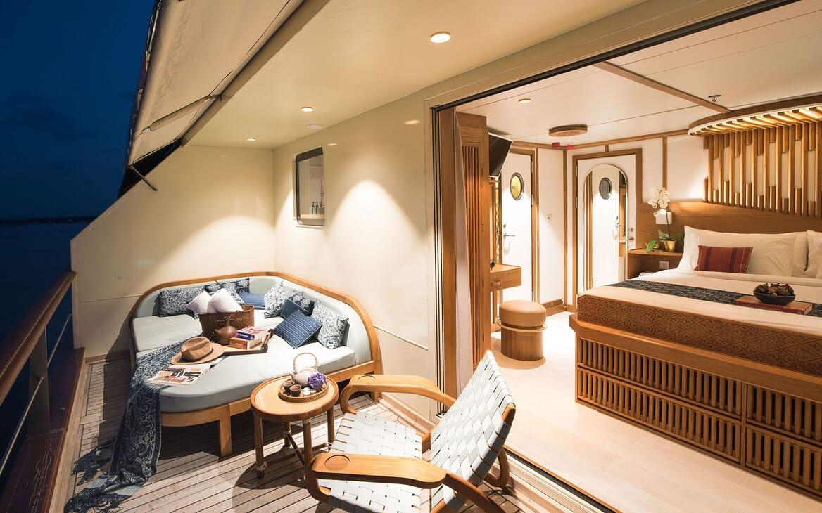 Motor Yacht KUDANIL Stateroom Deck Seating