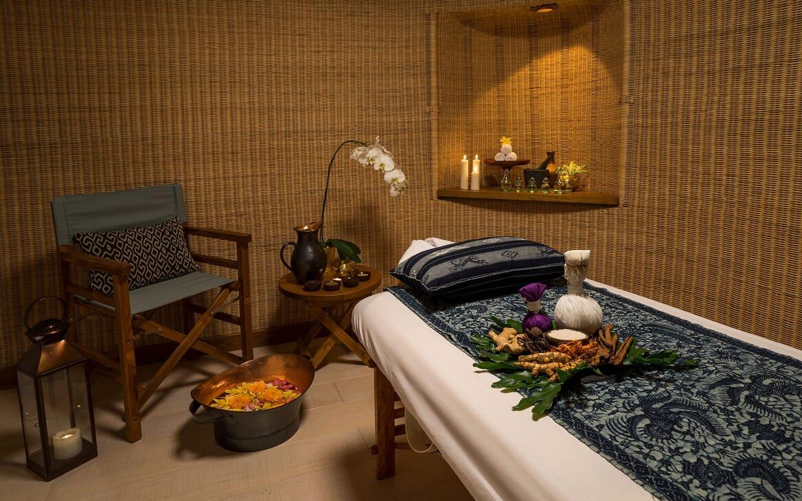Motor Yacht KUDANIL Massage & Wellbeing Room