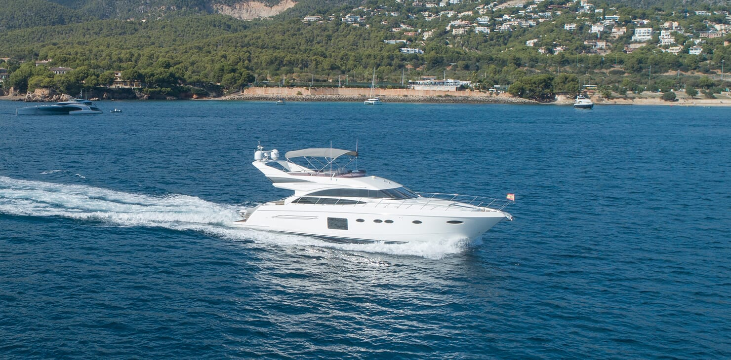 Motor Yacht Mio Barco Running