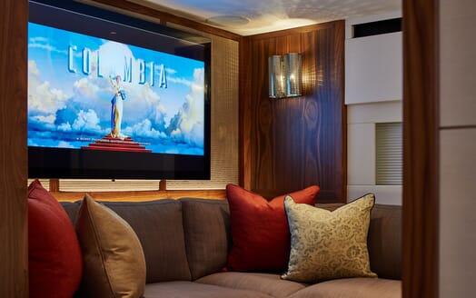 Sailing Yacht ARCHELON Side on anchored