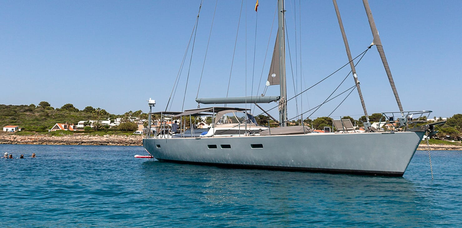 Sailing Yacht LH2 anchored
