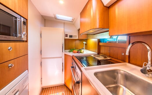 Sailing Yacht LH2 galley