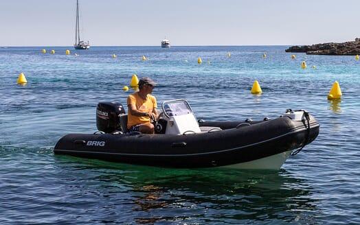Sailing Yacht LH2 tender