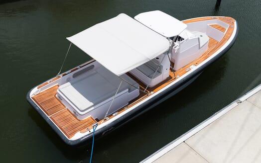 Motor Yacht Yellowfin aerial