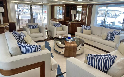 Motor Yacht ANYA Main Aft Deck Seating