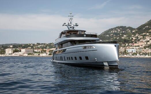 Motor Yacht Dynamiq GTT 115 Profile