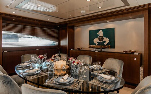 Motor Yacht Babousha Dining Table