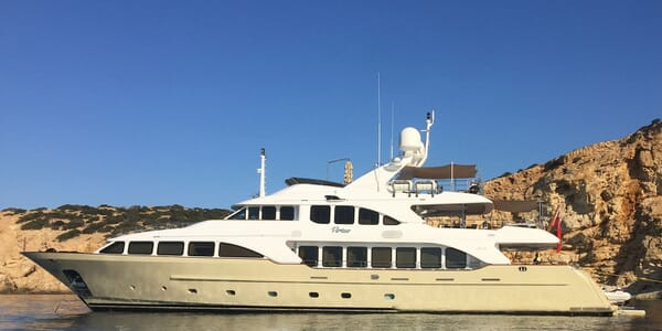 Motor Yacht VIRTUE Profile