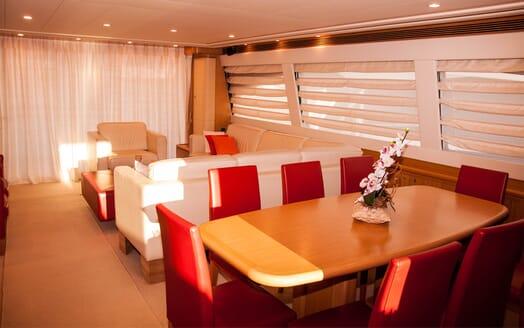 Motor Yacht Felina Dining Area