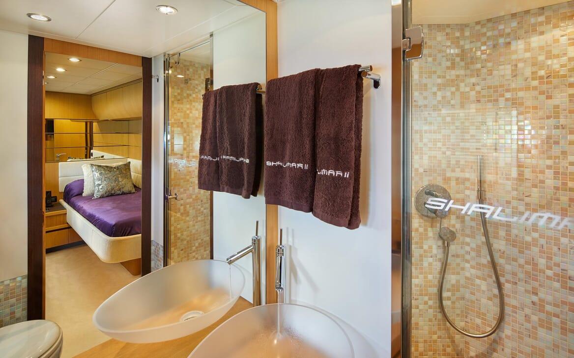 Motor Yacht SHALIMAR II bathroom with glass basin and mosaic tiles