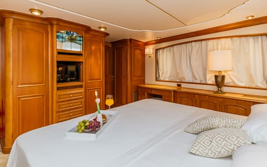 Motor Yacht TO JE TO Double Guest Stateroom