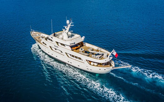 Motor Yacht TO JE TO Exteior Underway