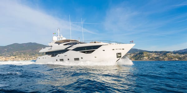 Motor Yacht Mr. K Iriston Profile