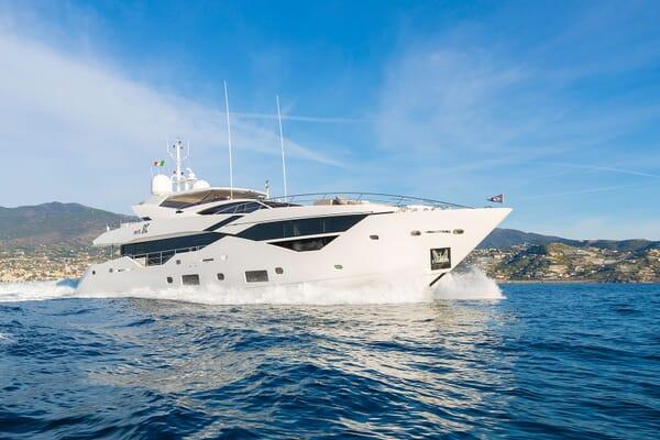Motor Yacht Mr. K Iriston Profile