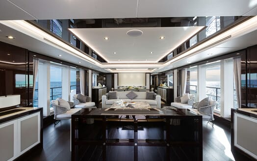 Motor Yacht Mr. K Iriston Master Bathroom