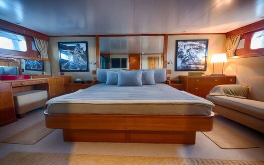 Motor Yacht WALANKA Master Stateroom