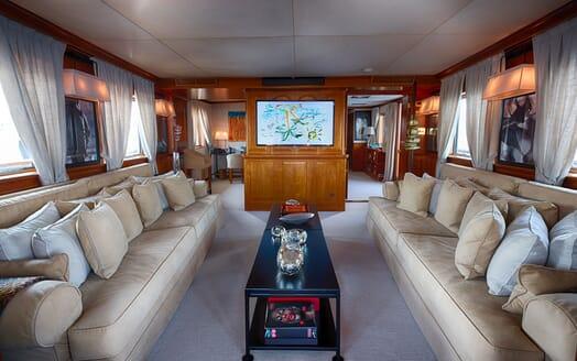 Motor Yacht WALANKA Main Saloon