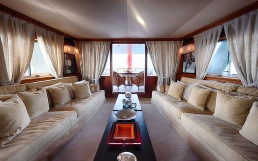 Motor Yacht WALANKA Main Saloon to Aft
