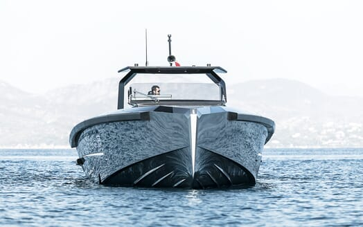 Motor yacht Maori 54 running hero two