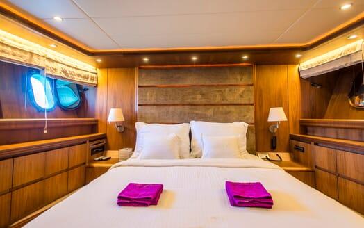 Motor Yacht 888 Master Stateroom 2