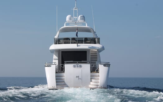 Motor Yacht 888 Aft View