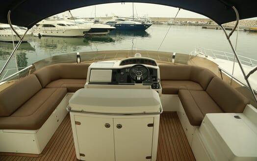 Motor Yacht Thanx Dad 4 Sun Deck Wheelhouse