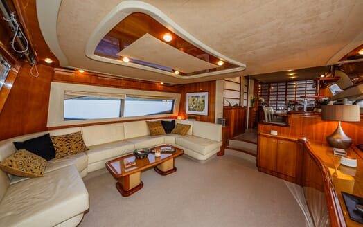 Motor Yacht Quo Vadis I Saloon