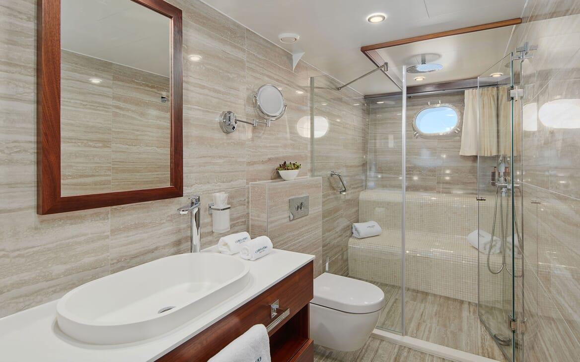 Sailing Yacht CORSARIO Bathroom