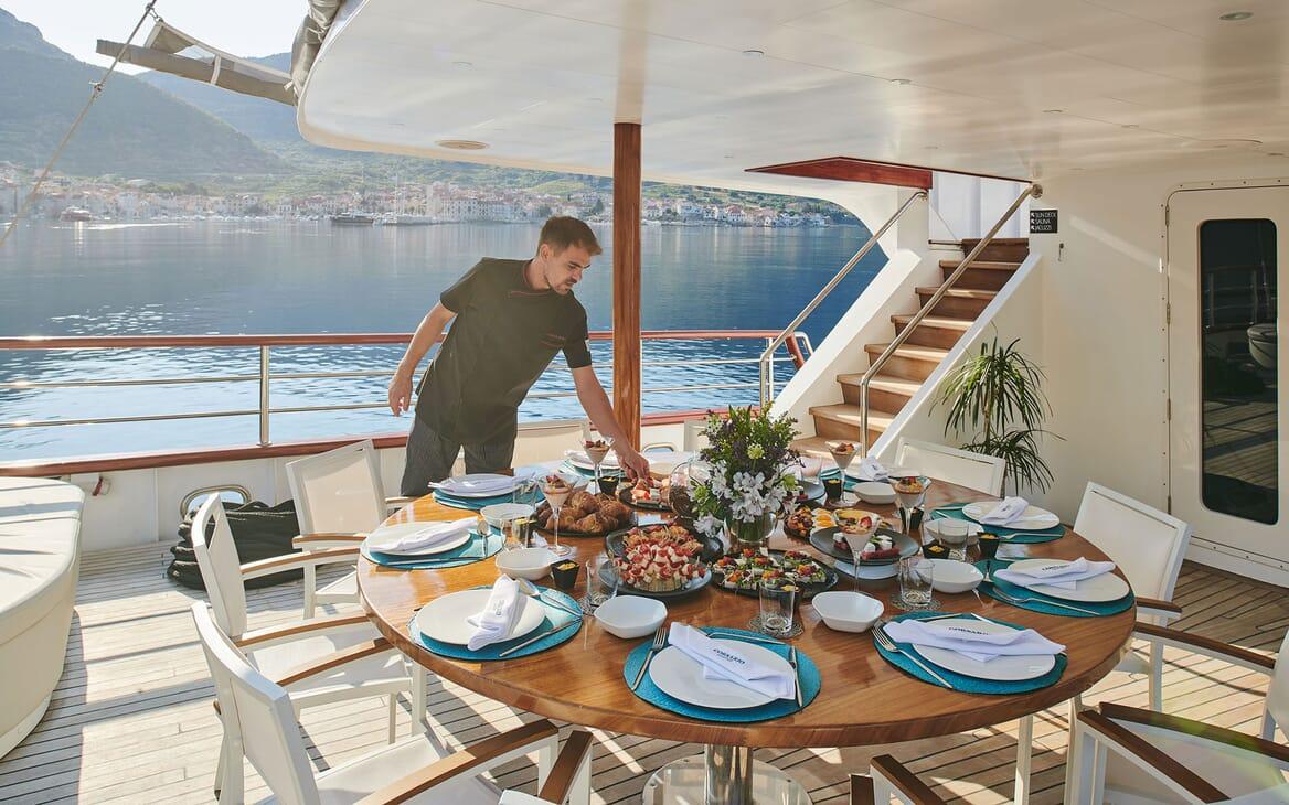 Sailing Yacht CORSARIO Al Fresco Dining